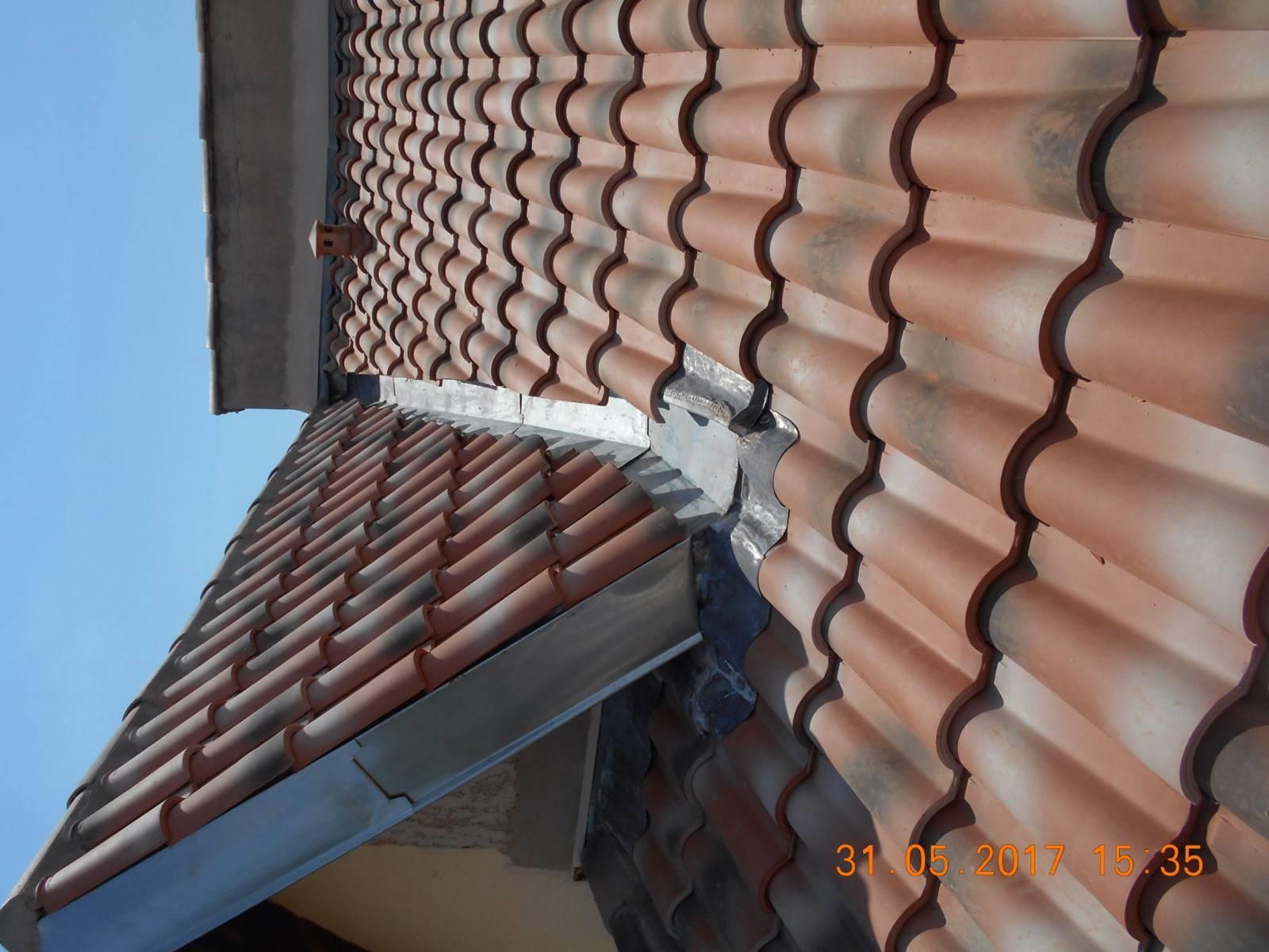 R novation de la toiture et de la zinguerie d 39 une villa for Renovation d une toiture