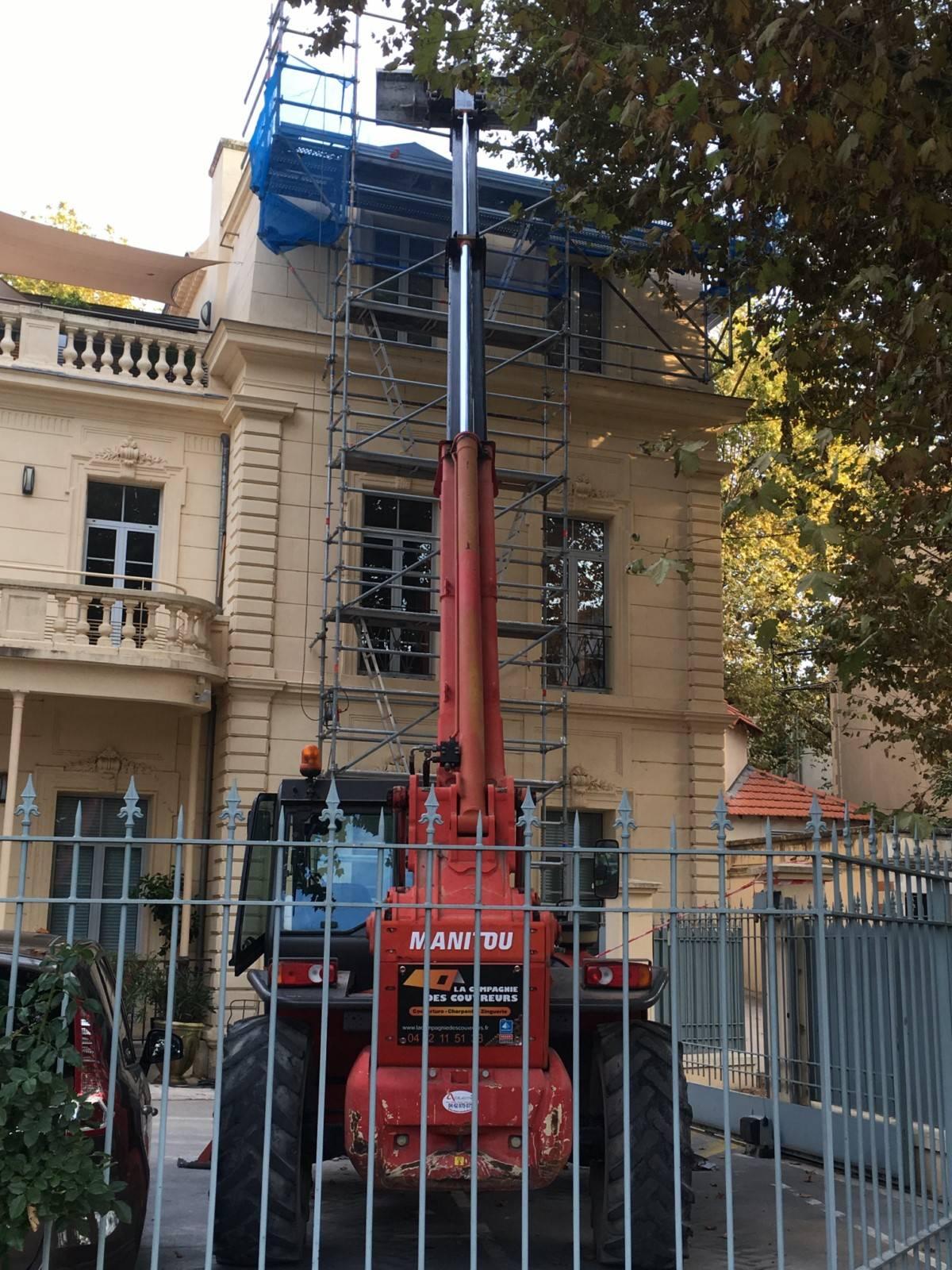 R novation de toiture et de zinguerie salon de provence - Chambre de commerce salon de provence ...
