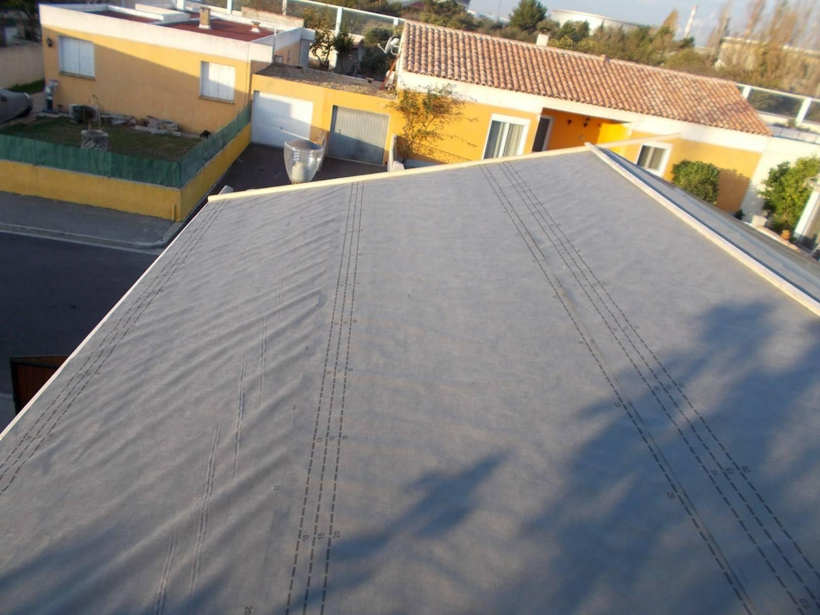 modification d 39 un toit terrasse en charpente industrielle fermette par nos charpentiers. Black Bedroom Furniture Sets. Home Design Ideas